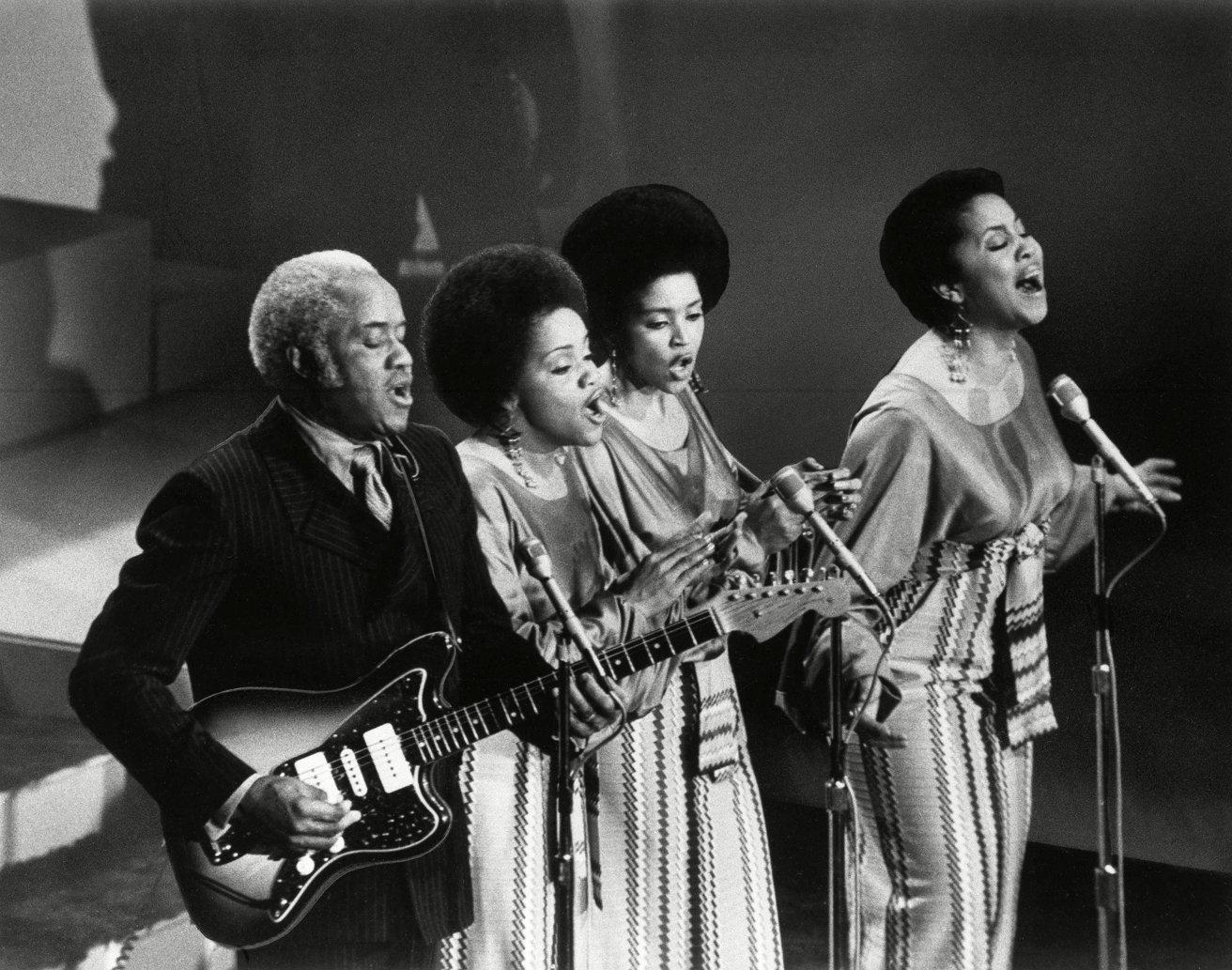 The Staples Singers ، در Apple TV + 1971